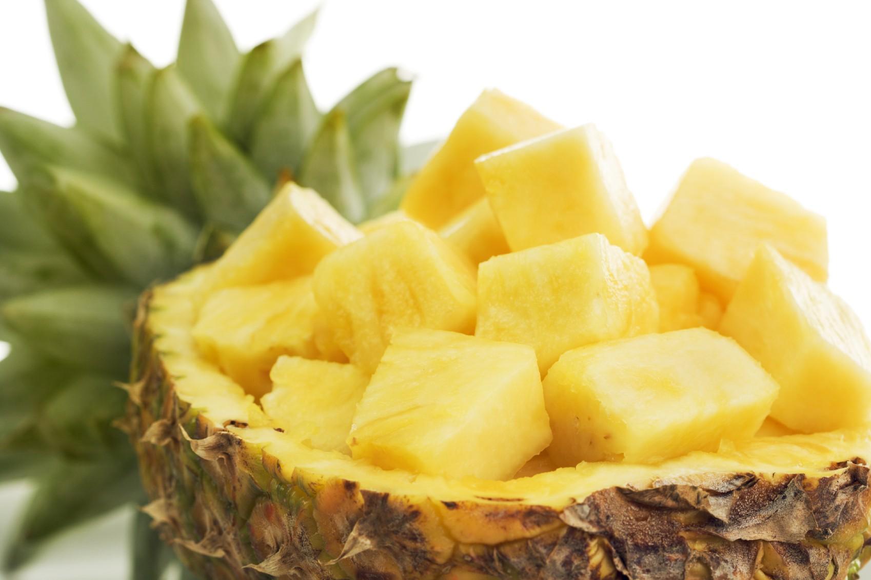 pineapple-1441352486k4ng8
