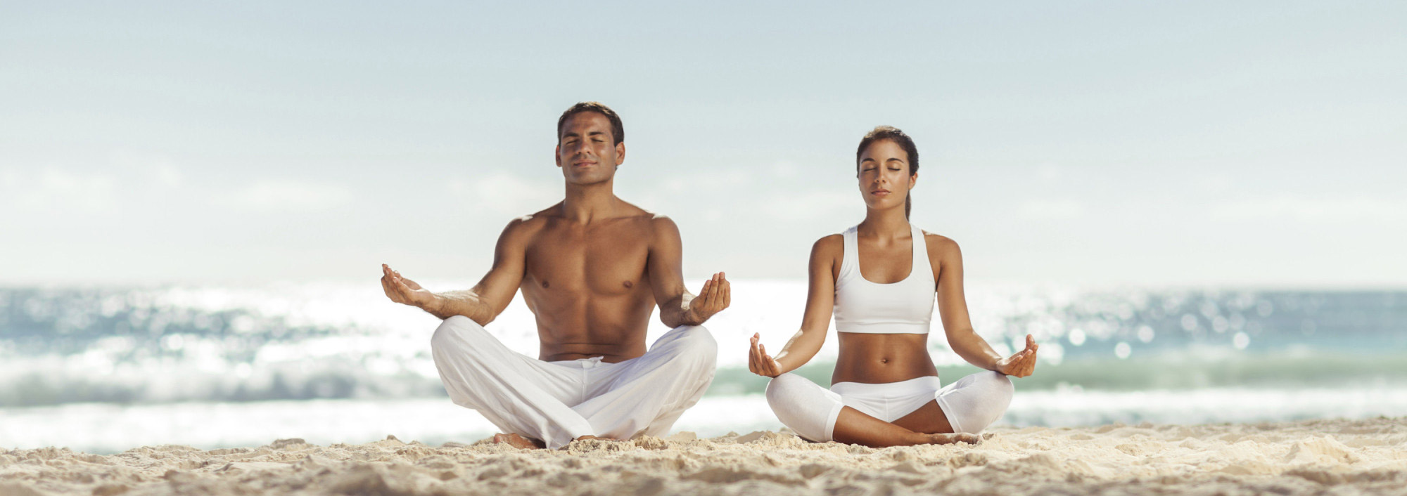beach-yoga-spain