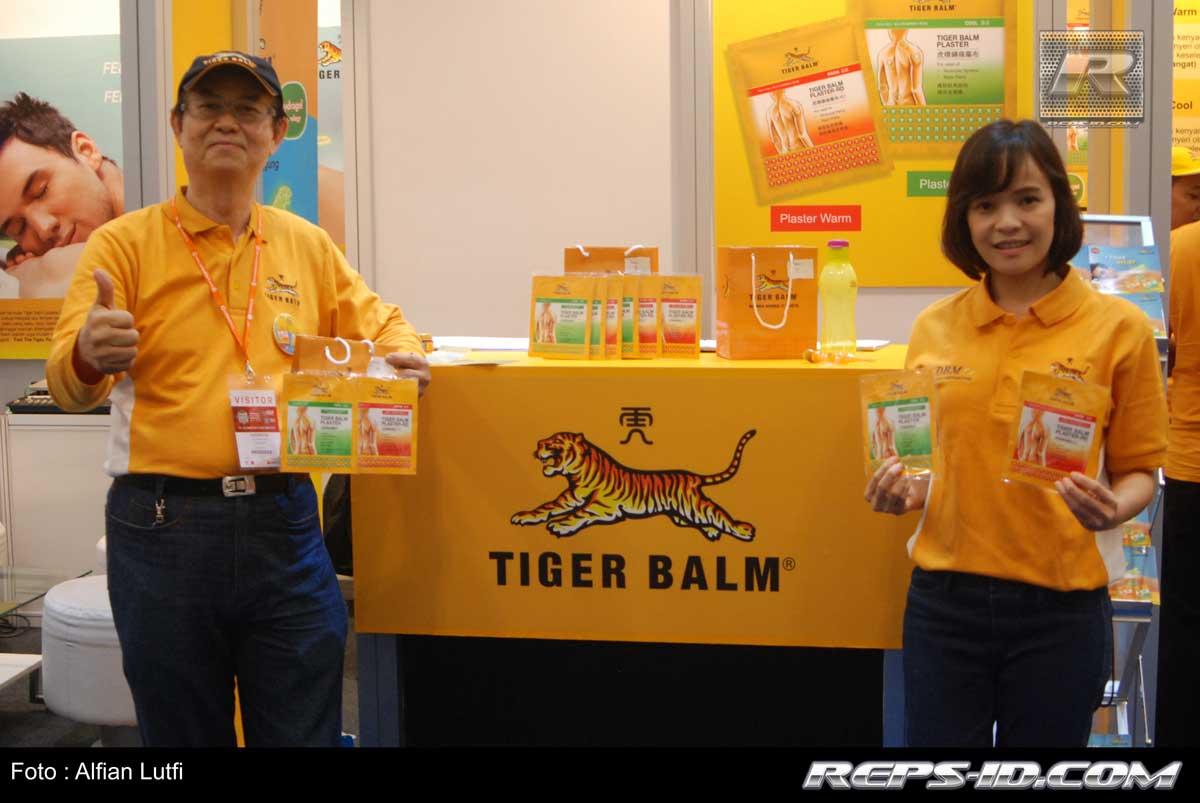 Tiger Balm Kini Hadir Di Indonesia Balsem Singapura Asli Sendiri Adalah Merek Produk Balsam Terkenal Dan Bisa Dikatakan Sebagai Salah Satu Topik Analgesic Terkemuka Dunia