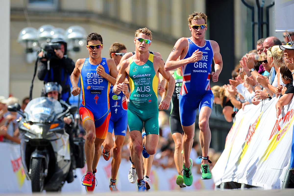 Mens-run-in-Hamburg-credit-Delly-Carr-ITU